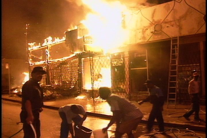 an analysis of the rodney king case and the los angeles riot in 1992 1992 la riots essays: the rodney king case california highway patrol rodney king on march 3, 1991, los angeles police officers attempted to stop a white.